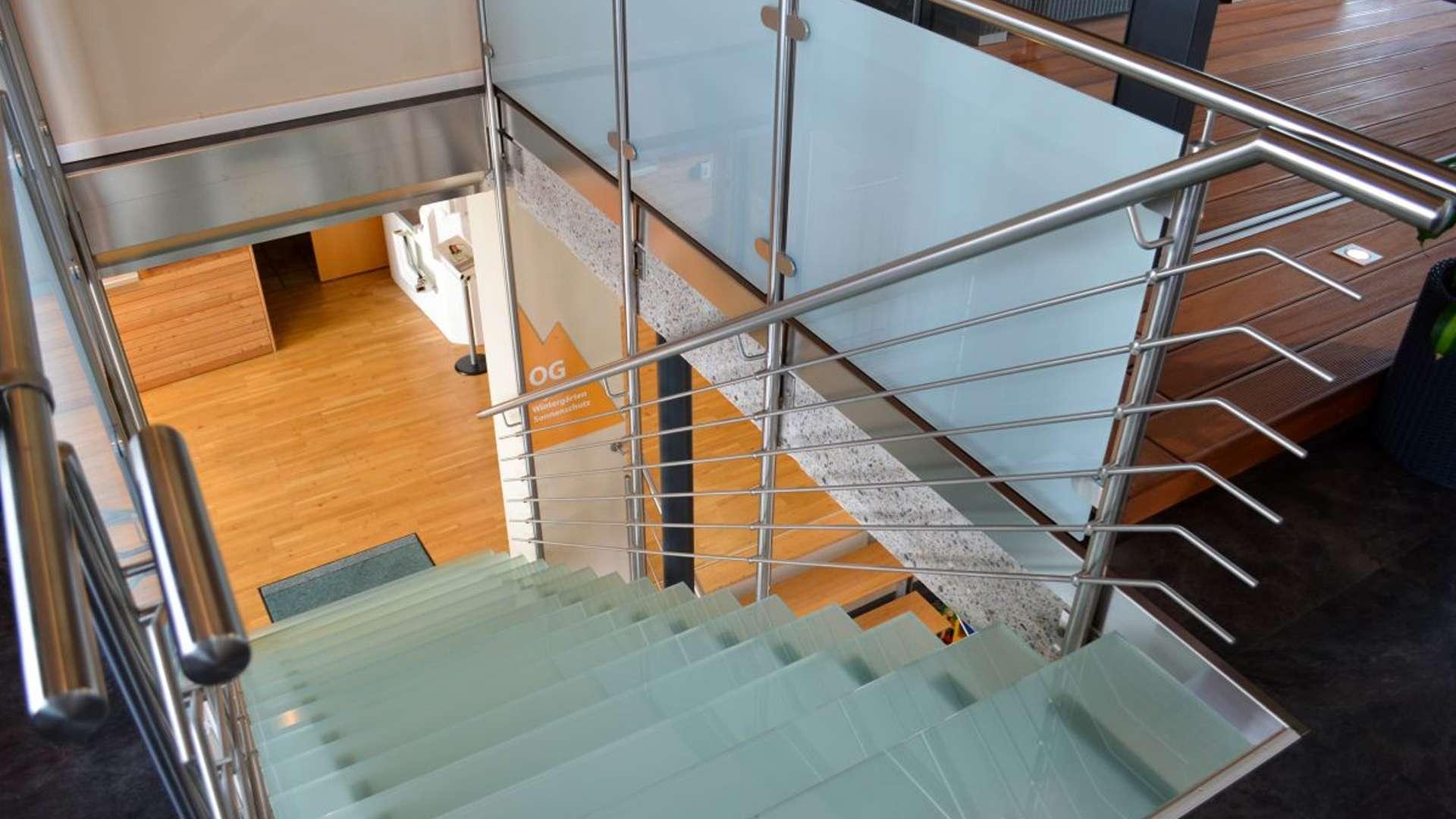 Treppe in der Ausstellung von Allgäuer Wintergärten in Leutkirch im Allgäu