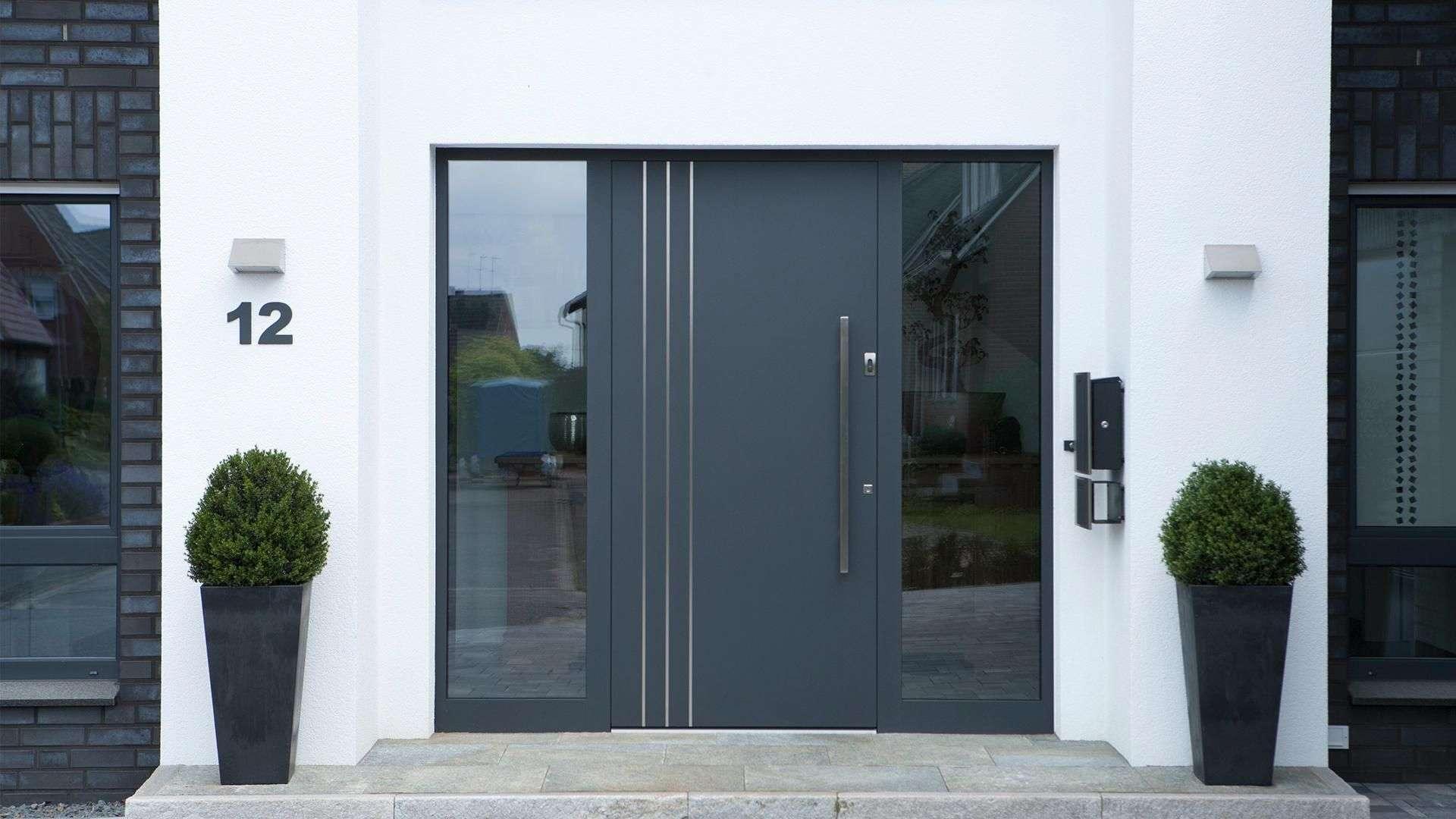 Eingangstüren mit seitenteil modern  Elementebau Höfler GmbH - Haustür