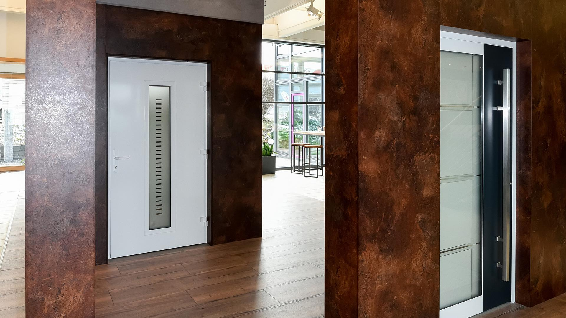 Haustüren und Fenster Studio in der Ausstellung von Linara in Kaufbeuren