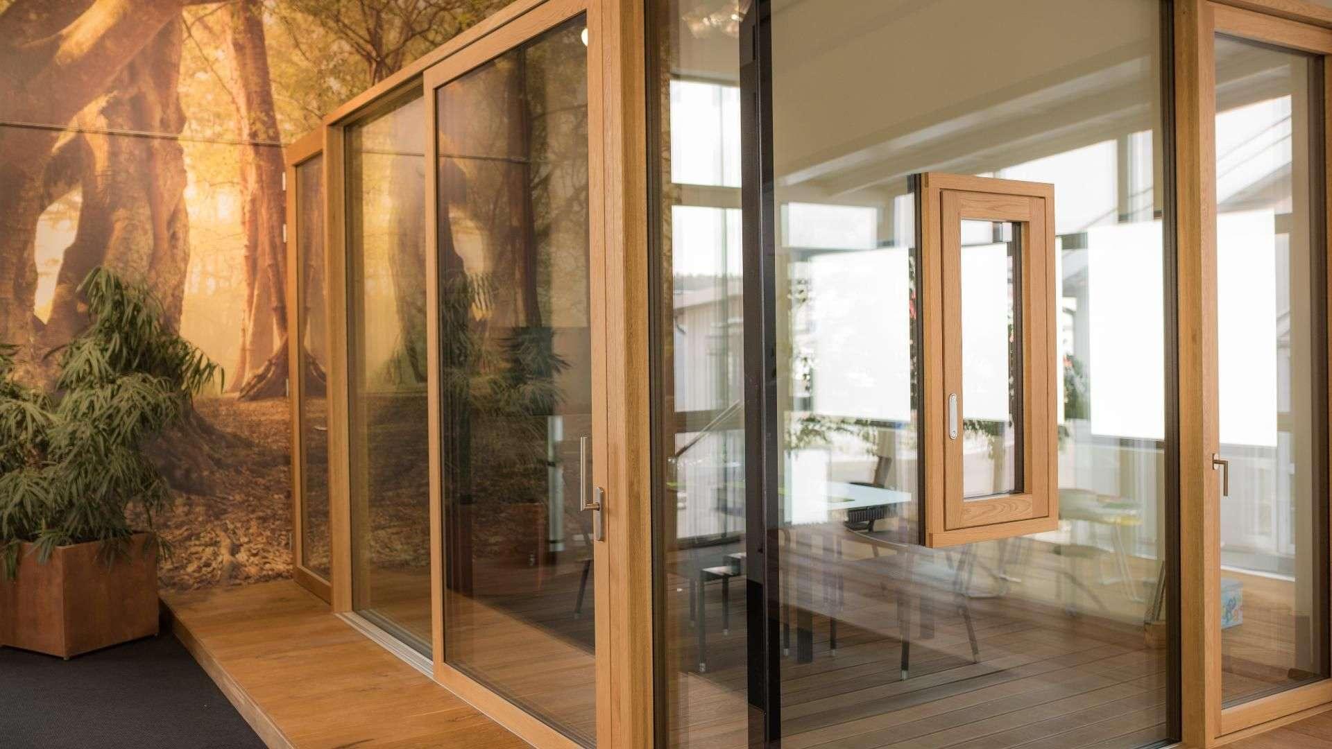 Fenster Studio in der Ausstellung von Linara in Kaufbeuren