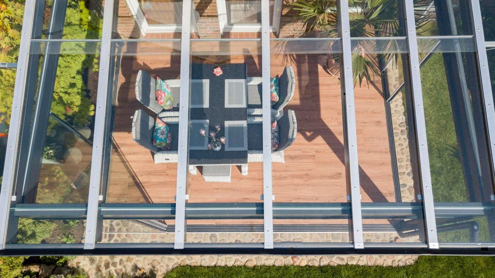 MADEROS Glashaus 11