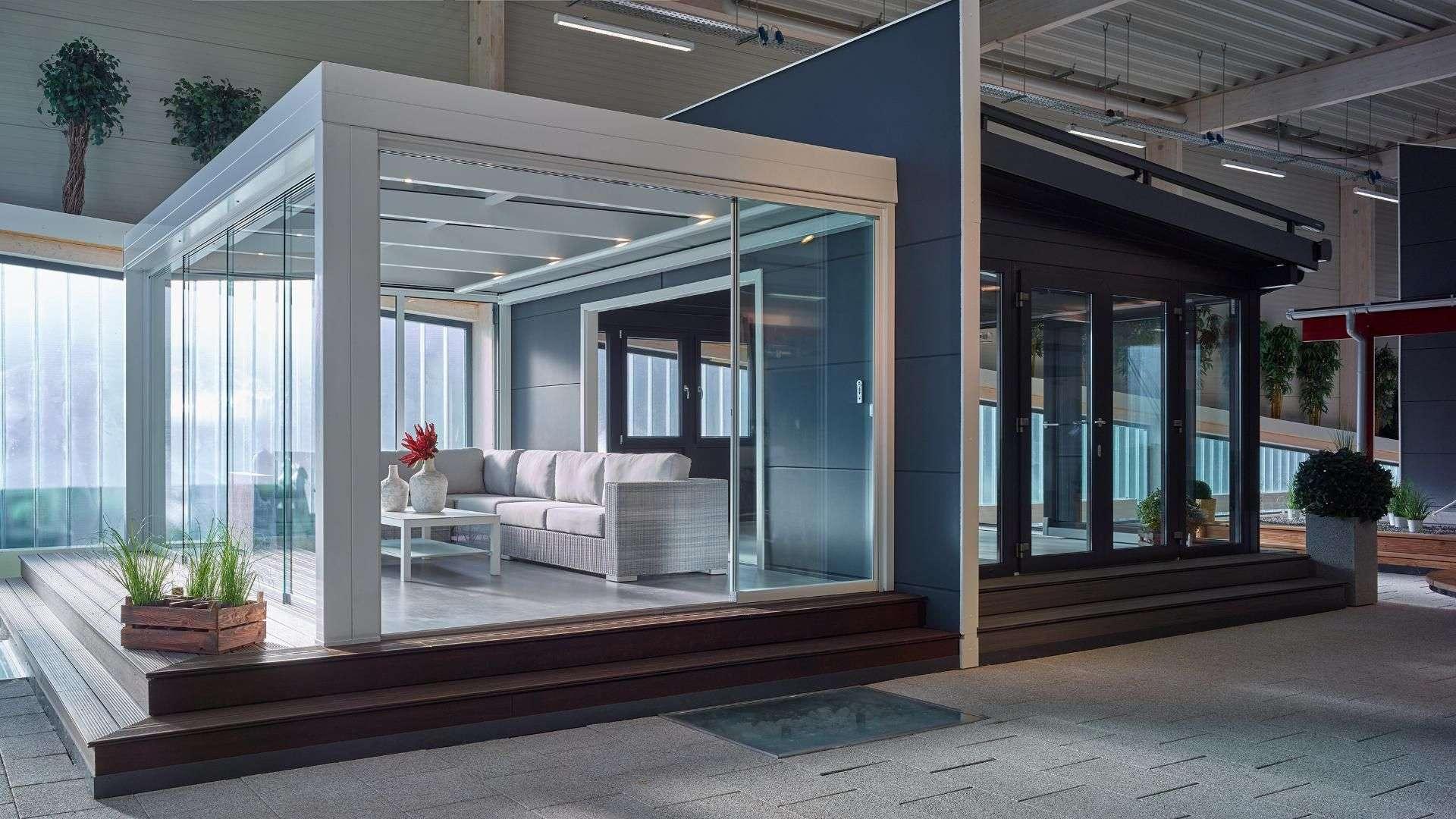 zwei Terrassendächer in der Ausstellung von Maderos in Rosengarten/Nenndorf
