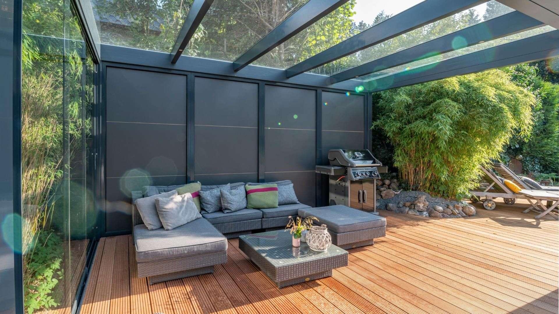 Innenansicht eines Terrassendaches
