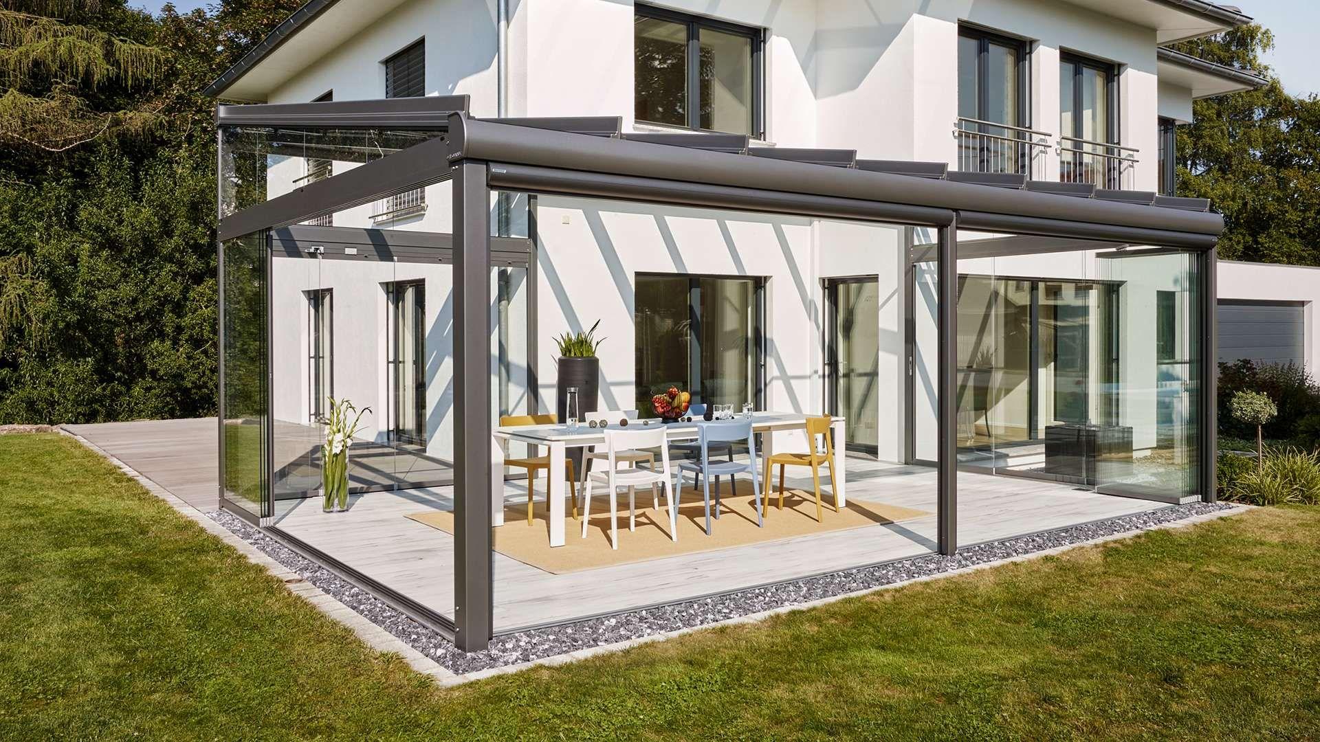 SDL Atrium plus Glashaus an einem Wohnhaus mit Garten
