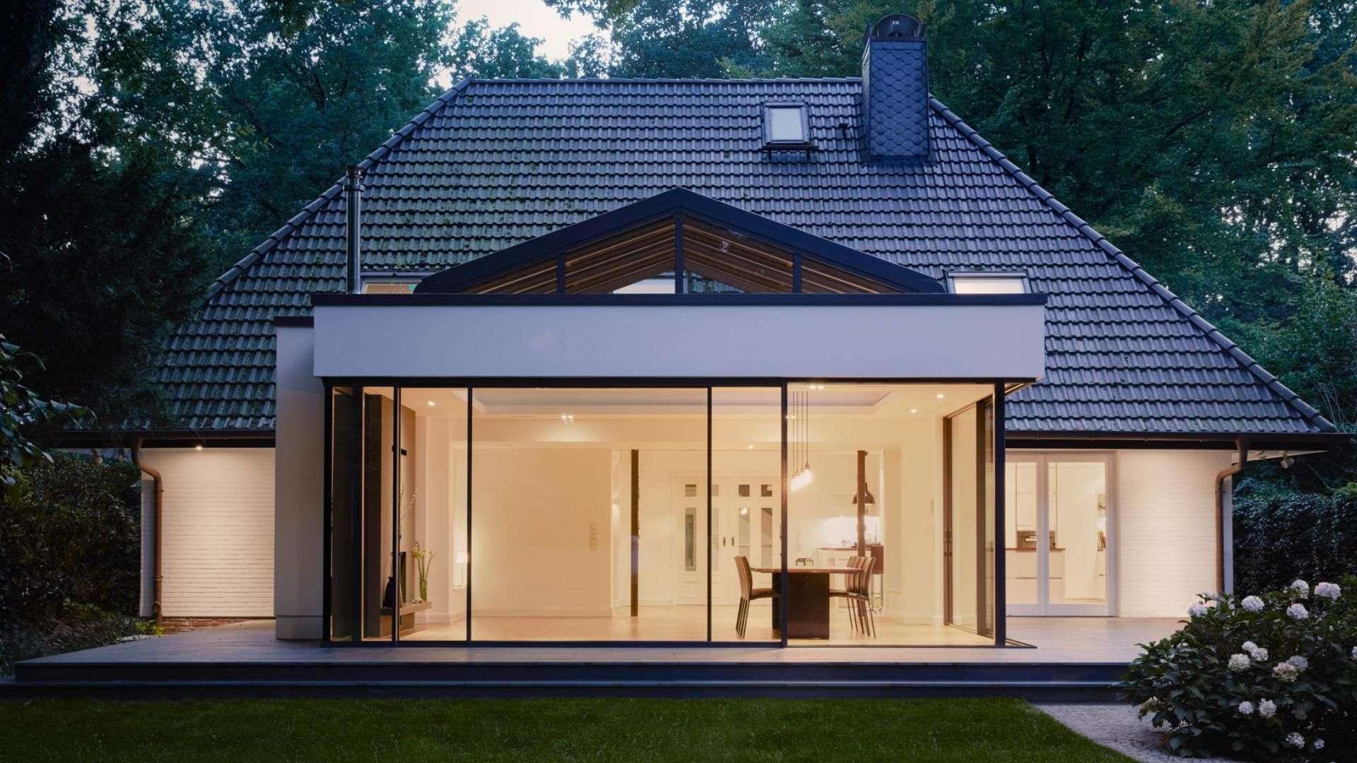 Flachdach mit Schiebeverglasung auf einer Terrasse