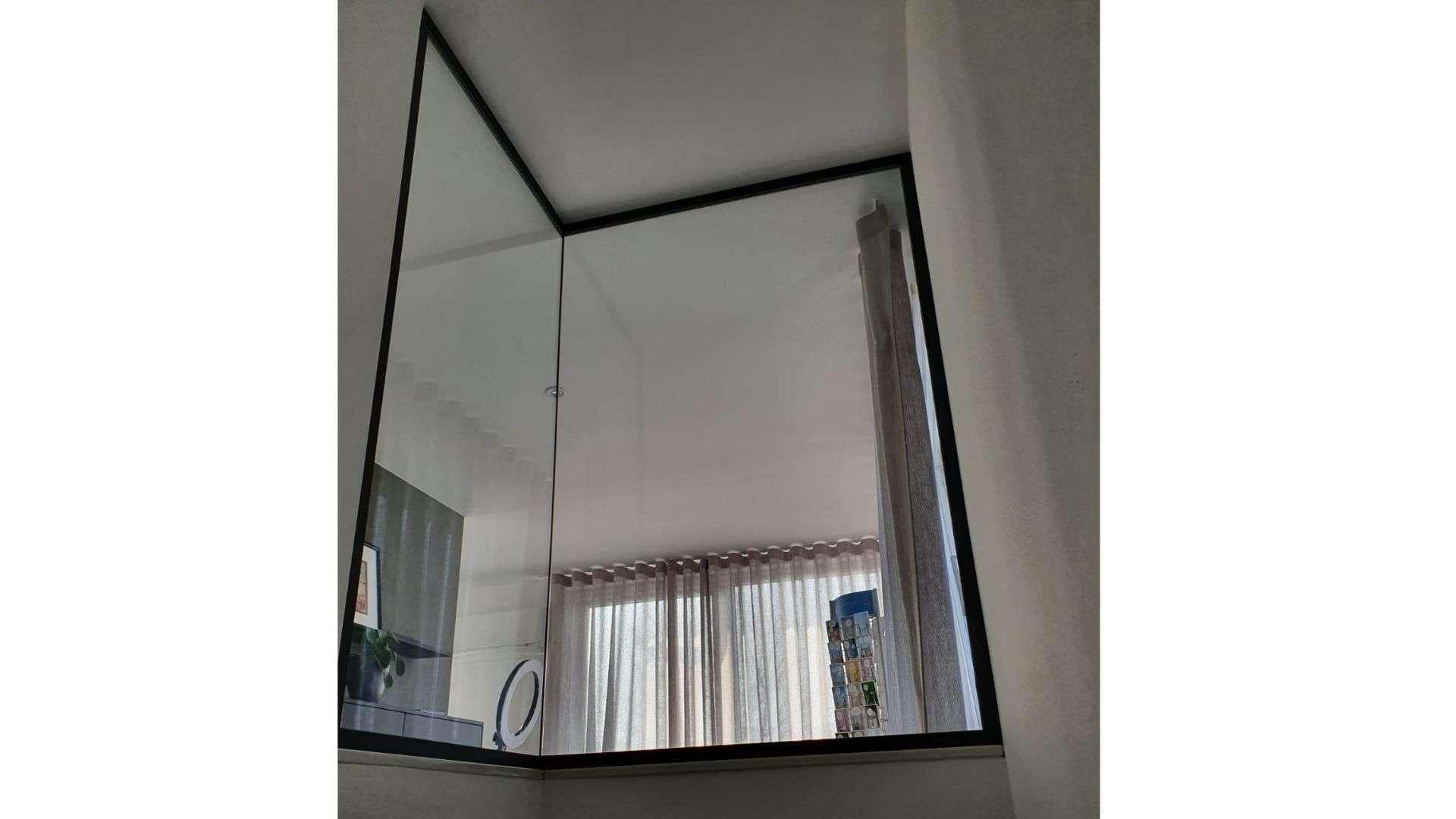 Glas-Ecke in einem Badezimmer