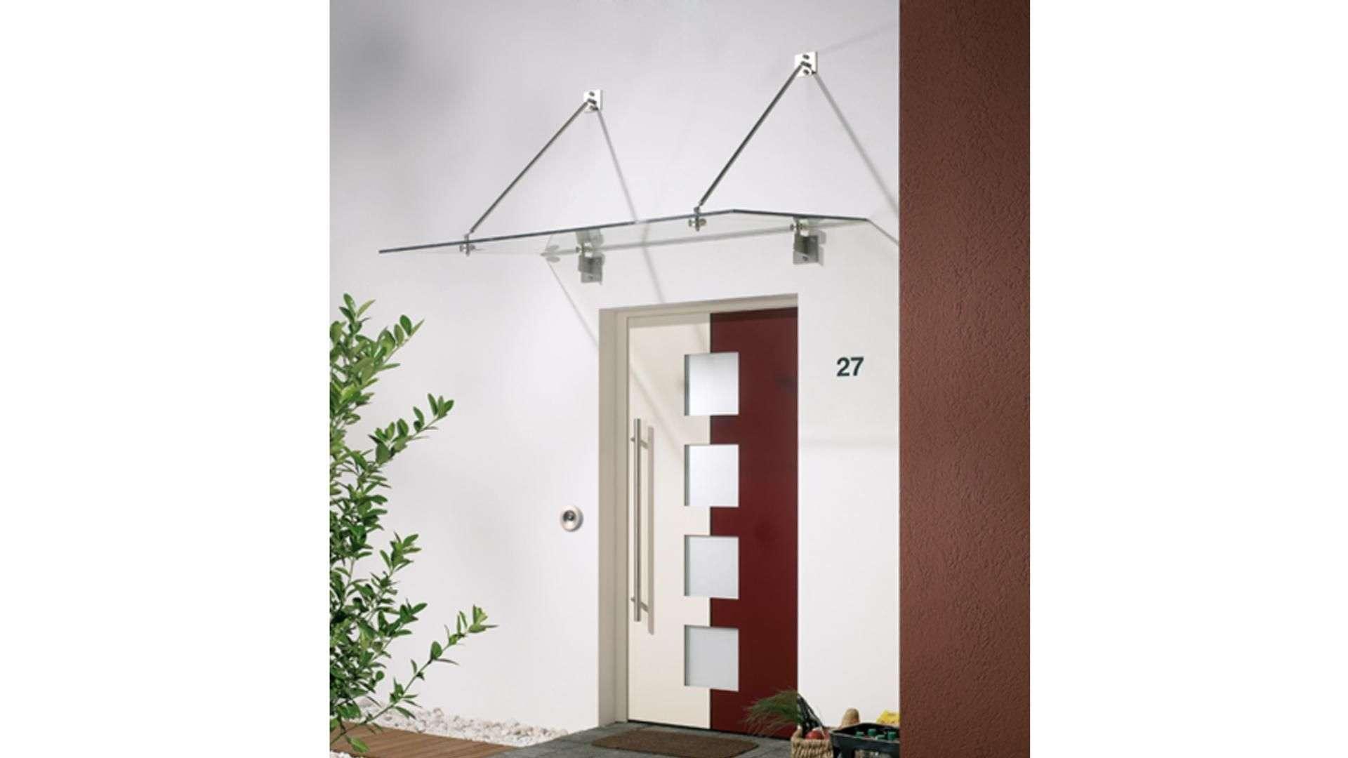 Vordach Typ Z 07 aus Glas über einer Haustür