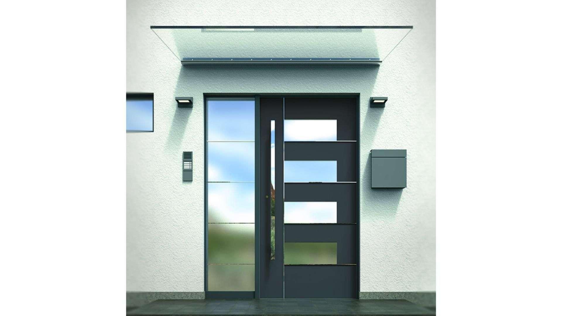 Glas-Vordach VD 1510 über einer Haustür