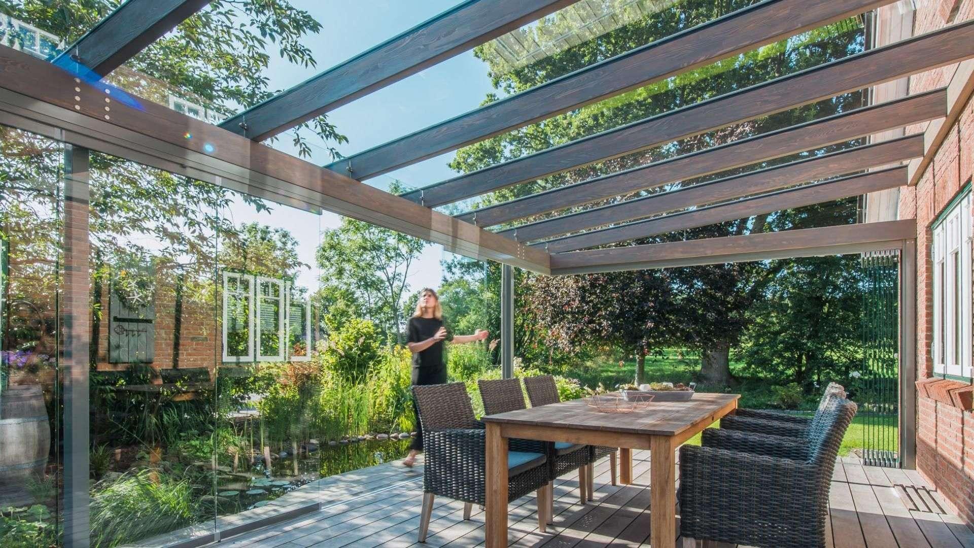 Innenansicht eines SDL Aura Glashauses