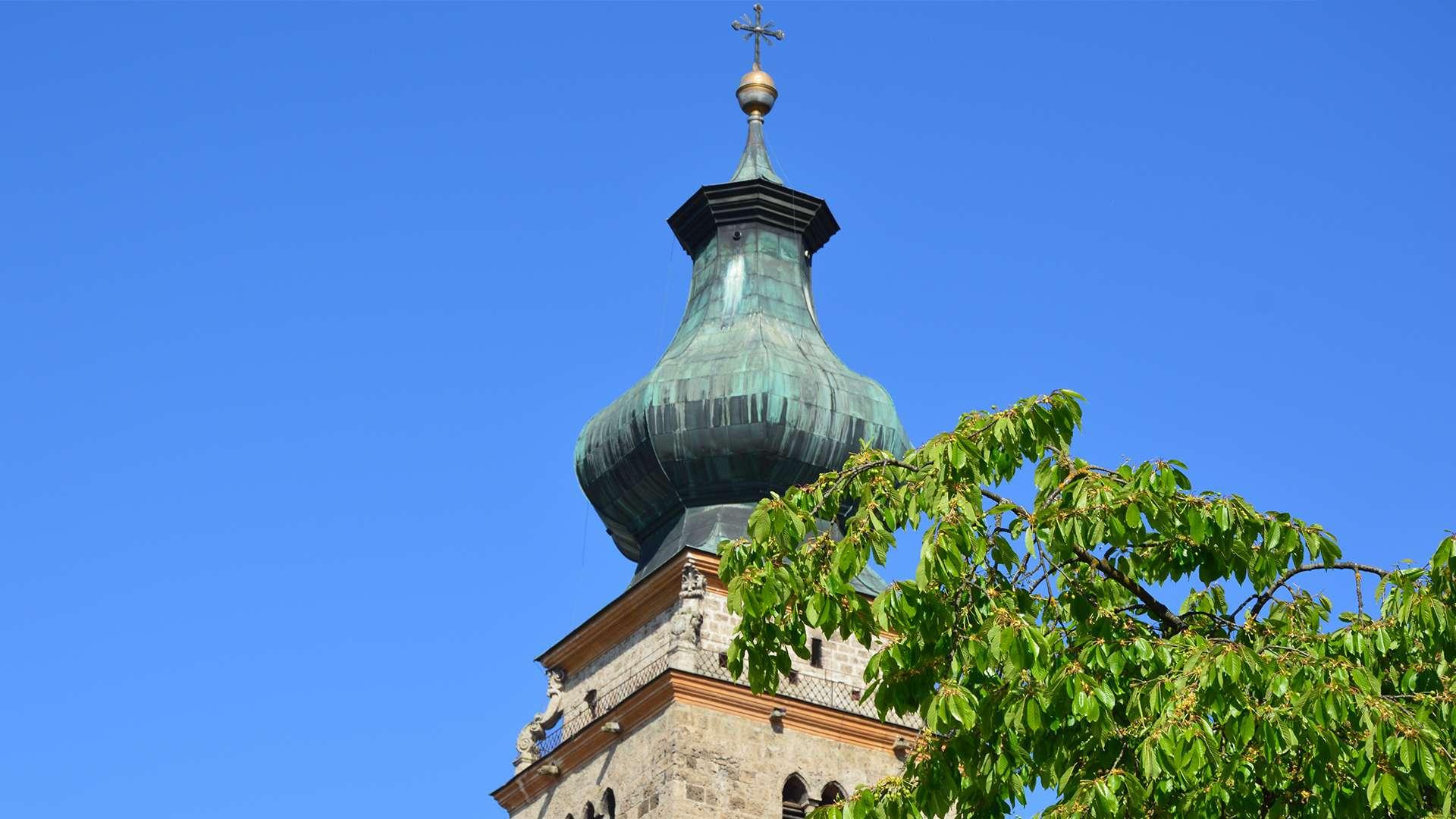 Spitze des Kirchturms in Mühldorf