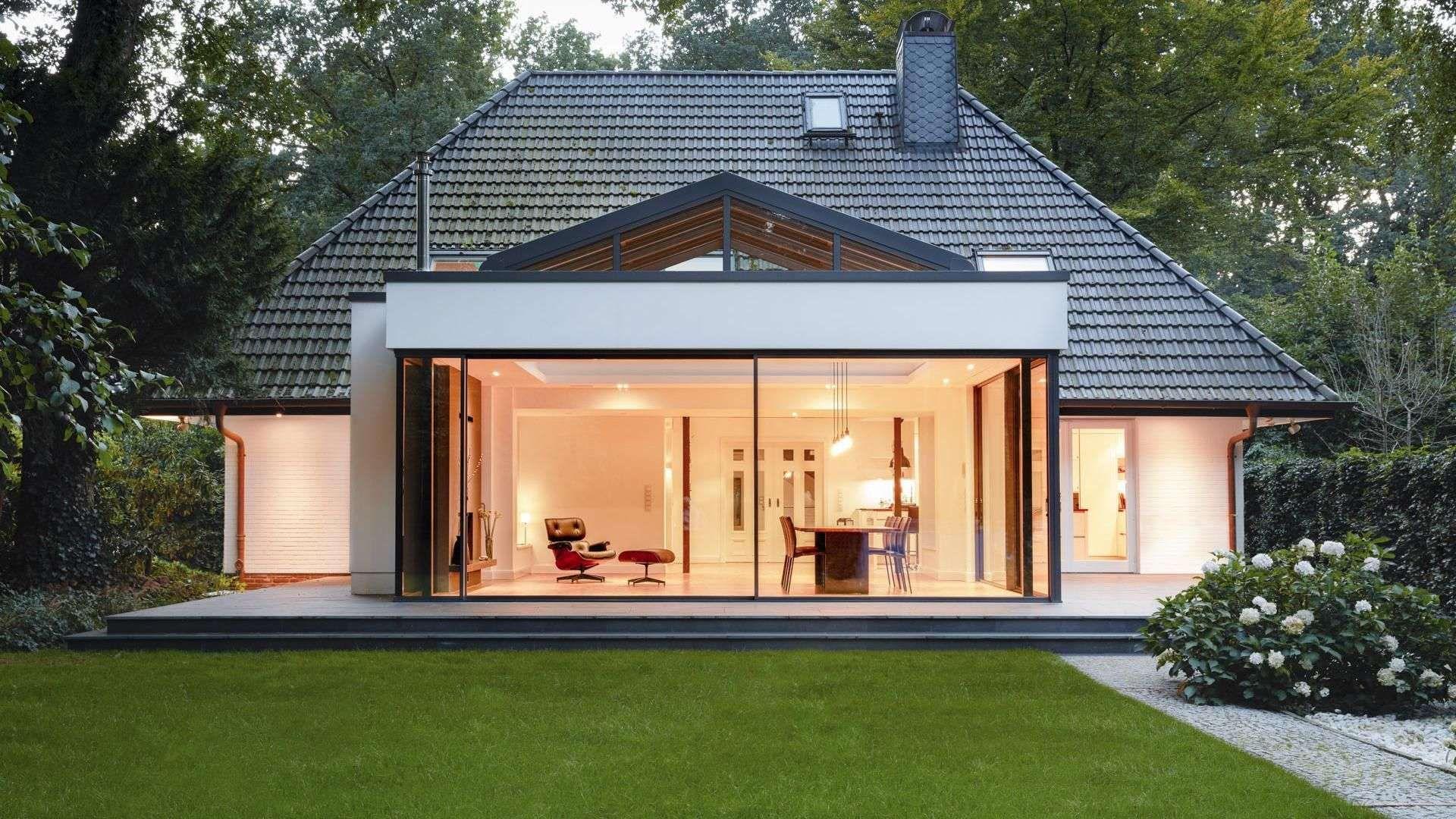 Einfamilienhaus mit cero Schiebefenster zum Garten hin